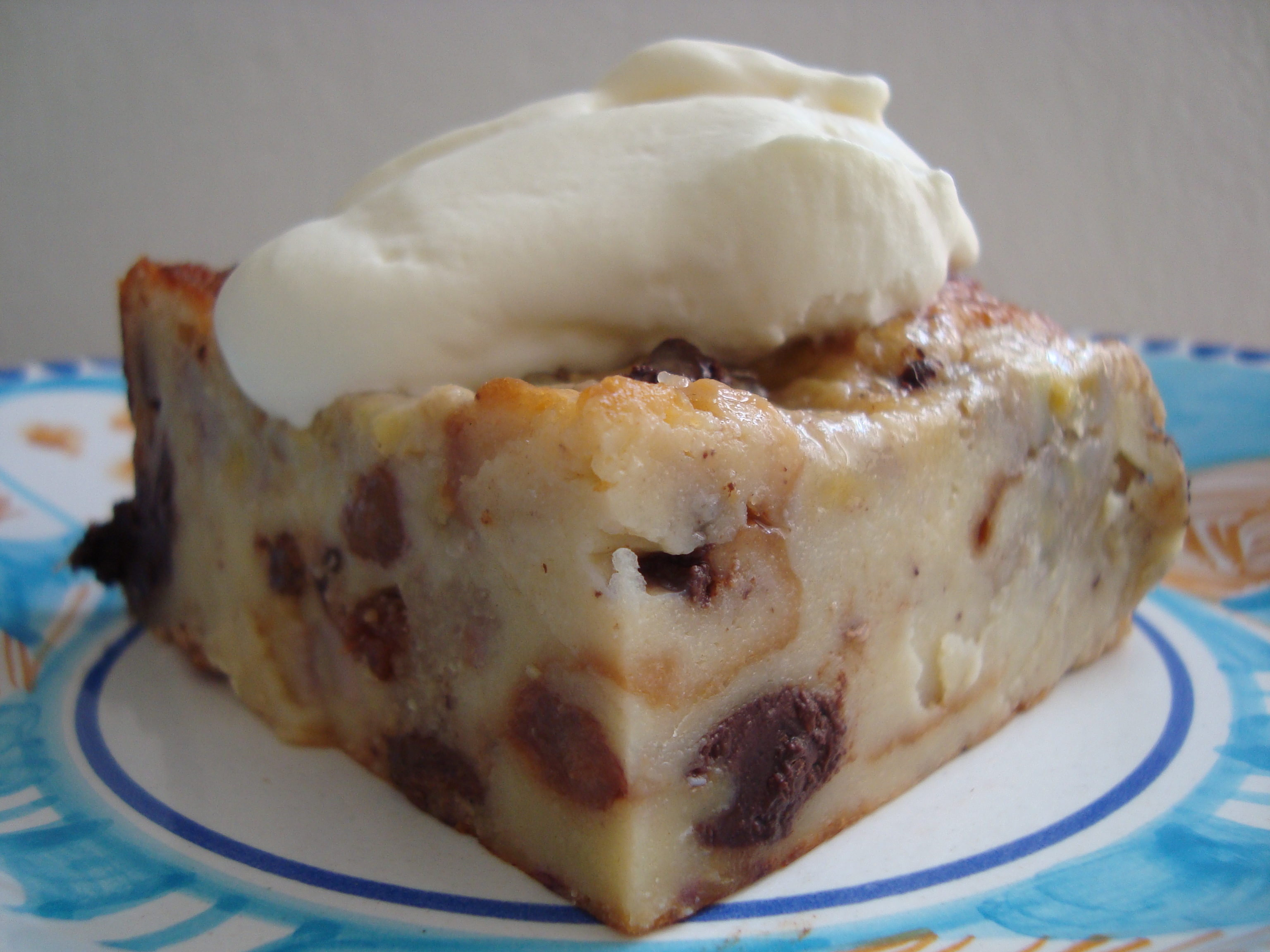 bread pudding recipe easy cinnamon raisin bread bread pudding on the ...